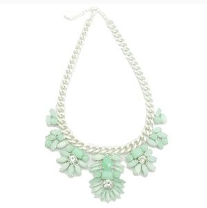Minty Leaf Silver Matte Chain Necklace